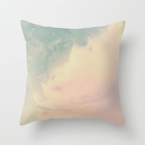 Dream higher than the sky Throw Pillow