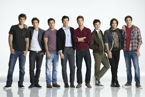 how can there be so many hot guys in one picture and on one tv show?! i dont know...BUT I'M GLAD THERE ARE!!