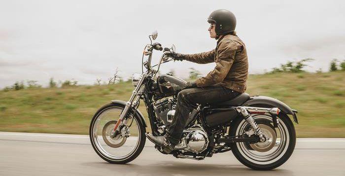 Pilih Helm Motor Baru, Simak Tips dan Referensinya