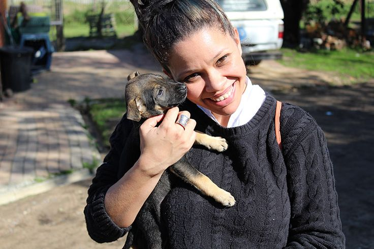 Lauren from Oxbridge Academy helping out at the Animal Welfare Society in Stellenbosch for Mandela day