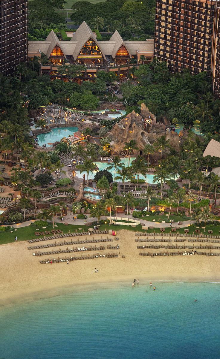 Aulani, a Disney Resort & Spa in Hawai'i is perfectly positioned on the beautiful beaches of Ko Olina on the coast of O'ahu. The Resort is nestled between mountains and serene ocean water, removed from the crowds of Waikiki – yet close enough to enjoy the wonders of the island.