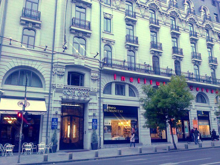 Călătorie urbană: Reîndrăgostirea de București e grea, dar trebuie făcută