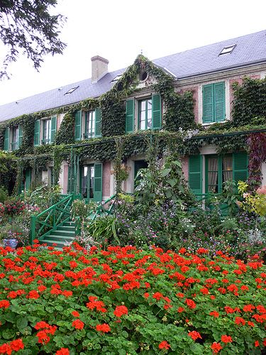 Claude Monet's house at Giverny, France. Claude Monet, french impresionist, 1840-1926.