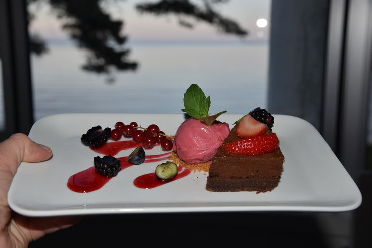 Dessert served at Strand Hotel Fevik in Southern Norway.  Photo: E.Høibo©Visit Southern Norway