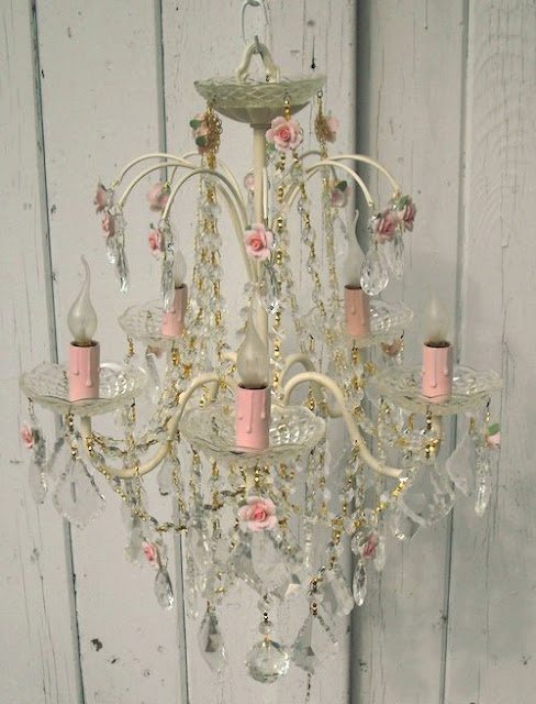 love the pale pink...very chic