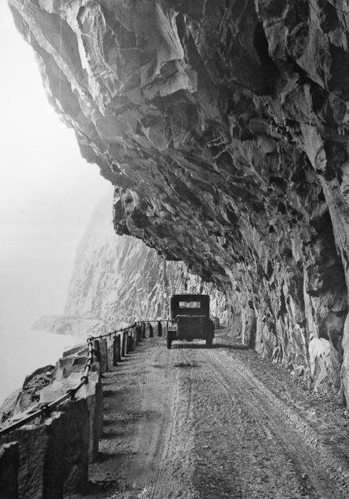 Anders Beer Wilse, half tunnel, Fånefjell, Norway, 1927.