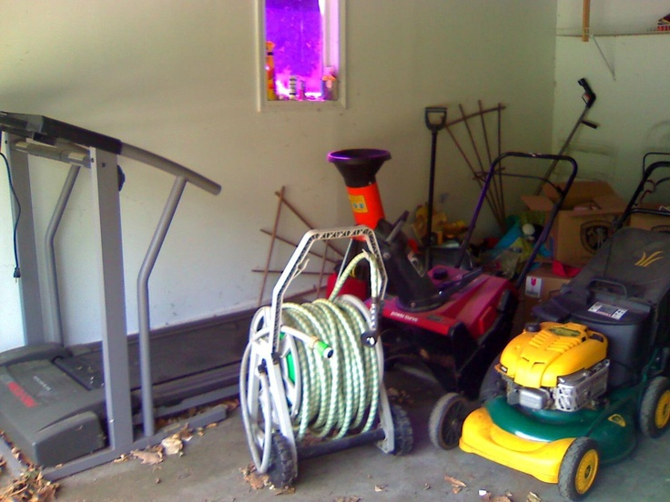 Appliances, Sears Lawnmower, Treadmill, Toro Snowblower, Wood Chipper, Garden Tools at My Lombard Garage