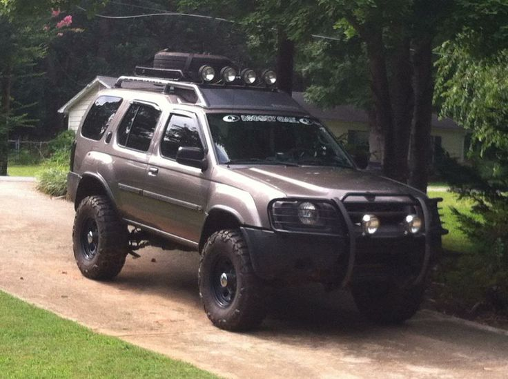 2004 lifted nissan xterra. I'm actually starting to really like this color