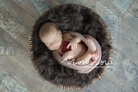 NEWBORN OPEN WEAVE KNIT STRETCH WRAP SWADDLE  - Fashion knit scarf - powder    This wonderfully soft loose stretch knit is extremely flexible