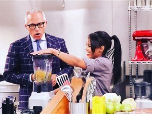 Chef Christan Willis Wearing Celebrity Hair Direct On Food Network's Cooks vs Cons