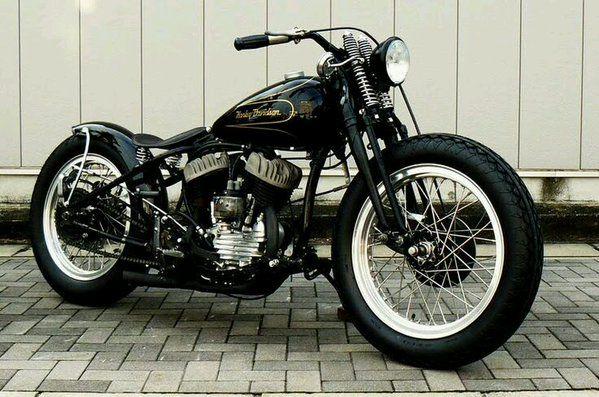 Harley Flathead Springer Bobber