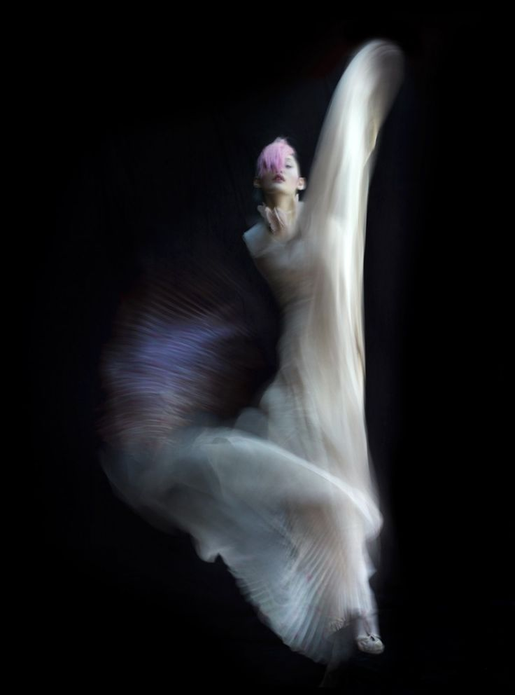 Photo: Nick Knight. Dress: Valentino haute couture A/W 2011/12. Model: Ming Xi. V magazine, Summer 2011.