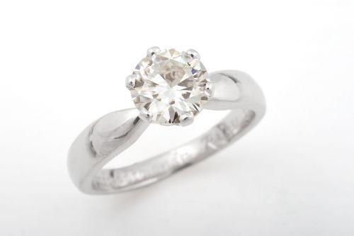 Silvia solitaire ring. CaiSanni.