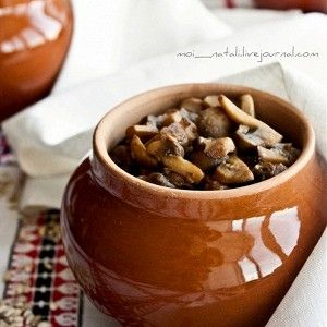 Перловая каша в горшочках с грибами