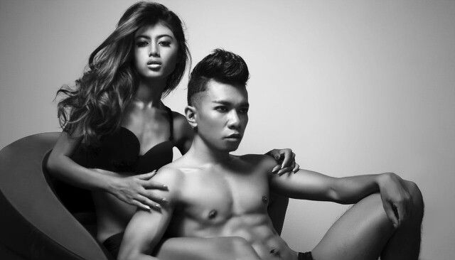 Model :Evi Wijaya & Denis Photografer |FTG.DARK : Gallant Wahyana #Couple #Fashion #Mood #BlackWhite