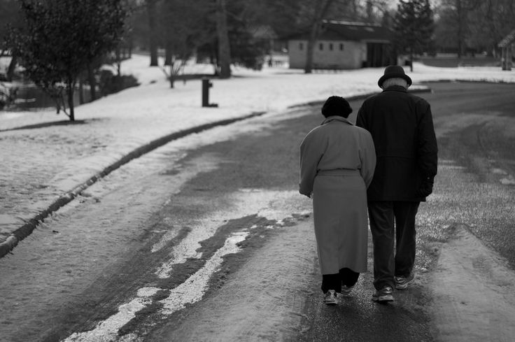Old couples holding hands. Presh.: In Love, Inspiration, Quote, Image, Walk, Old People, Beautiful Things, Couple Holding Hands