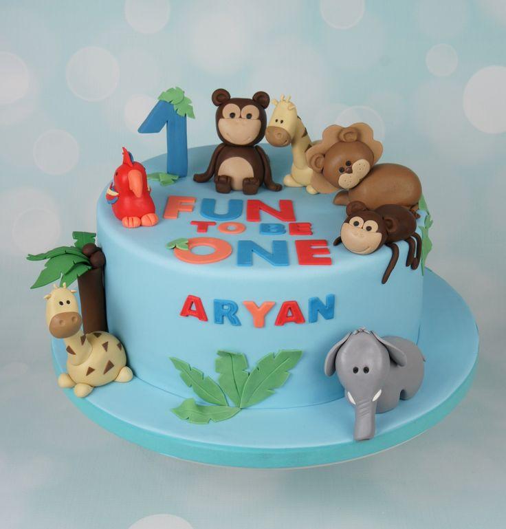 Jungle animals cake. Giraffes, Elephant, Monkeys, Lion, Parrot