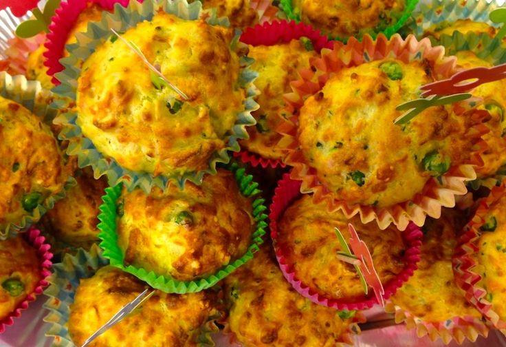 Groenten muffins - Vegetable muffins {Gemaakt. Ik vind ze erg lekker, zeker ook de volgende dag. De kinderen vinden ze wat te 'eiig' en/of te veel groente. Volgende keer groentes wat kleiner maken, dan zien ze het niet.}