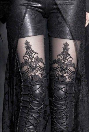 Le Leggings Gothique Romantique Macbeth, c'est le best-seller de la boutique! Style chic et très raffiné, tissu extensible et confortable. #Gothique #Mode #Femme  #Legging
