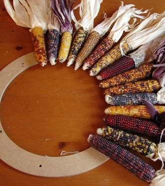 DIY fall dried corn wreath --- so want to do this with our bigger yellow corn to make a huge wreath for the front porch