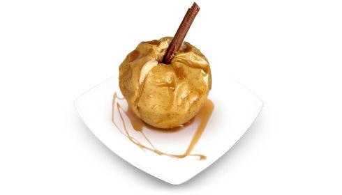 Maçãs assadas abafadas com Licor Beirão. Se a maçã era antes o fruto proibido, imagine-se o que lhe chamarão depois desta receita.