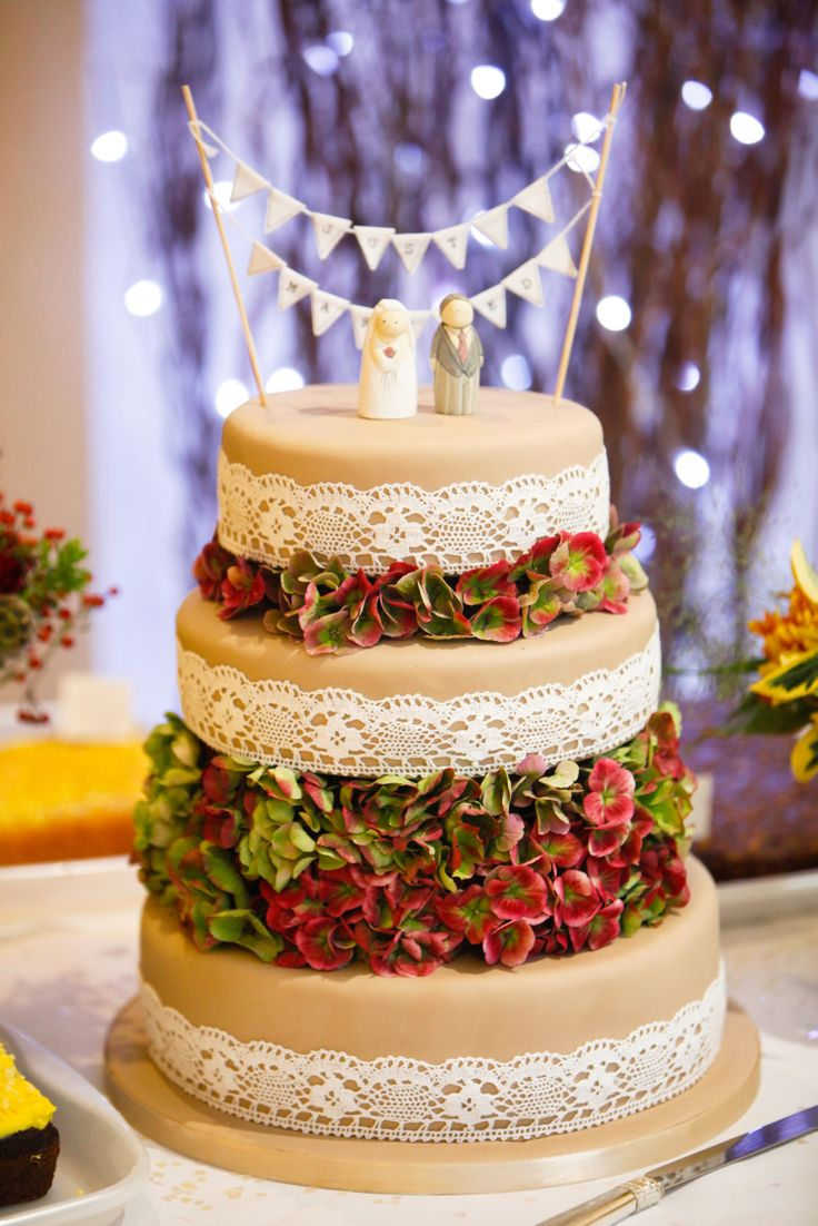 Delicious cake laden with autumnal hydrangea