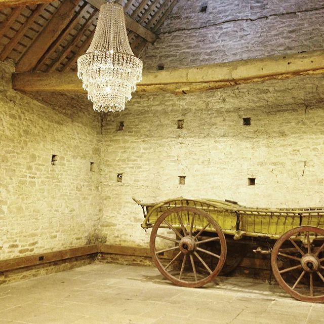 #cogges #barnwedding #oxfordshire rustic glamour!