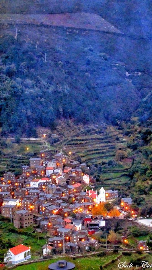 Piódão - Arganil - Distrito de Coimbra  O Piódão é uma aldeia tradicional portuguesa na Beira Litoral. Situado em plena Paisagem Protegida da Serra de A... - Mais Portugal - Google+