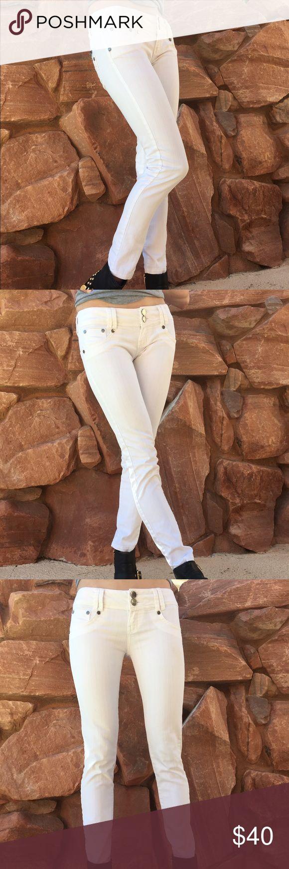 J-Lo White Jeans Skinny jeans with some stretch, Studio F Premium Denim Studio F Jeans Skinny