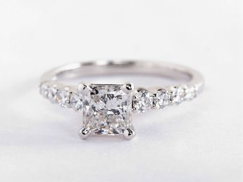 How To Buy An Engagement Ring | Blue Nile