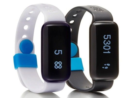 UNICEF's Kid Power Bands enable kids to help save the lives of malnourished children around the globe | Inhabitots