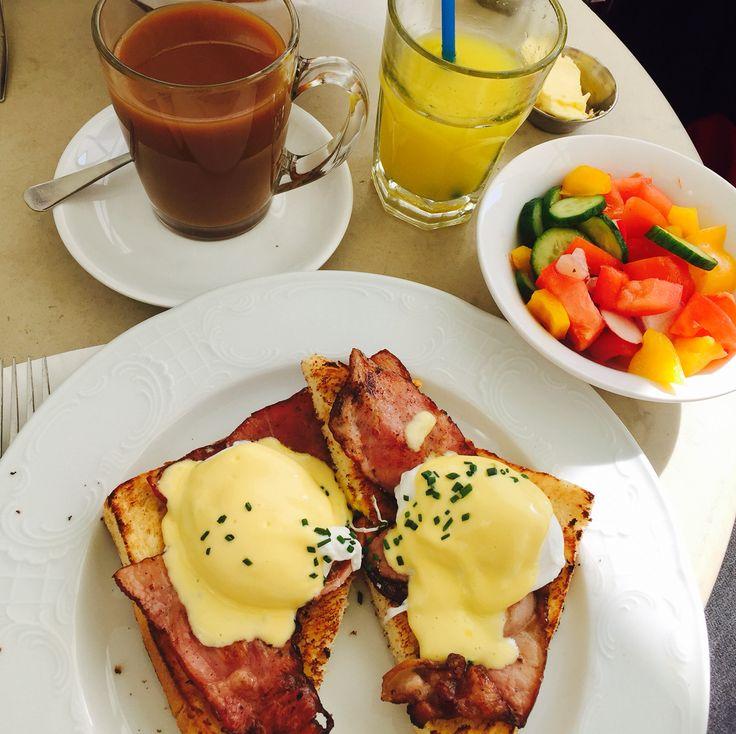 Tel aviv israelian breakfast