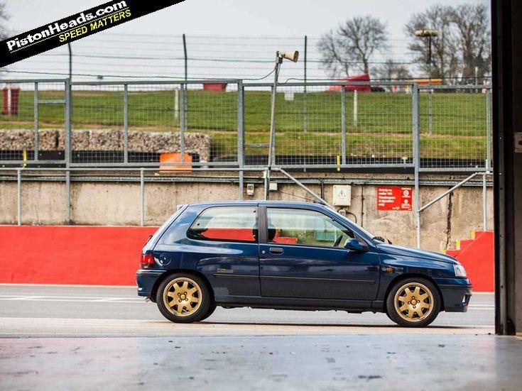 De Renault Clio Williams hi ha de normals, de numerats... i després hi ha aquest, xassís 0001 http://buff.ly/1K3bBnc