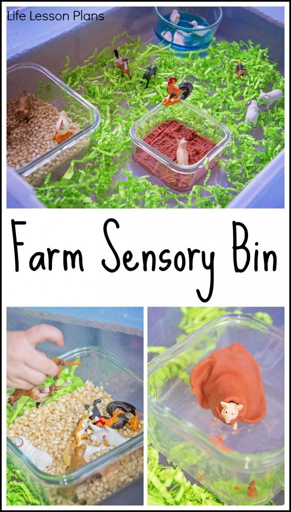 Paper, corn, play dough, and water combine to create a farm sensory bin that is sure to get kids engaged!  #pintorials
