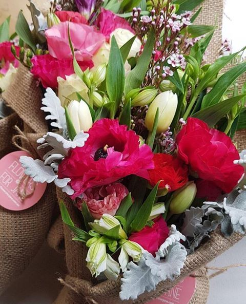 Get Order Flowers Online in Melbourne at Flower For Jane  If you're looking to spoil your special 'Jane' that little bit extra and make his or her day special then add a gift to your bunch of blooms and some chocolate. Flower For Jane offer a range of Flowers, candles and delicious chocolates that are sure to delight you're lucky recipient. Having Bunch of flowers and chocolates delivered straight to your home or work I think doesn't get much better than this. For order flowers online in…