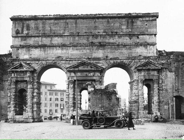 Porta Maggiore (1930 ca)
