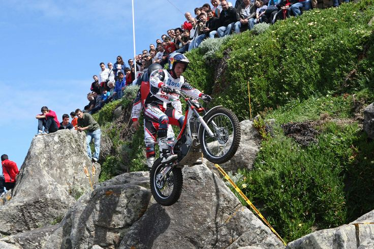 Dougie Lampkin Beta factory rider, 2010 World Trials Championship round Baiona Spain.