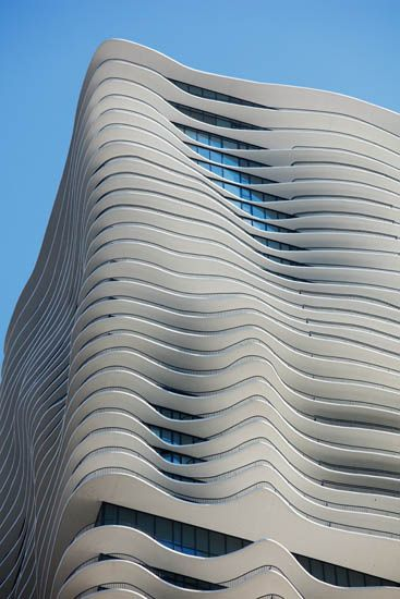 Aqua, Chicago by Jeanne Gang