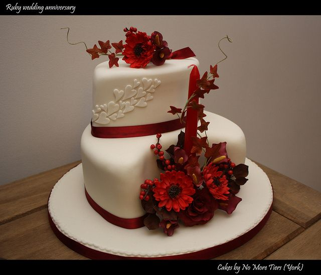 Ruby Wedding Anniversary Cake Pictures