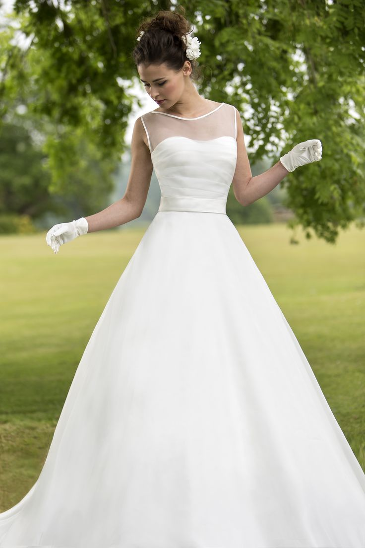 Outstanding Wedding Dress Shop Derby Picture Collection - Colorful ...