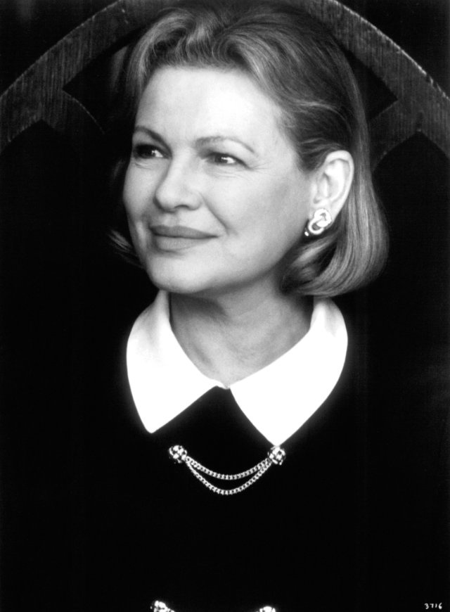 """67th Academy Awards Best Supporting Actress (1995): Dianne Wiest - """"Bullets Over Broadway"""""""