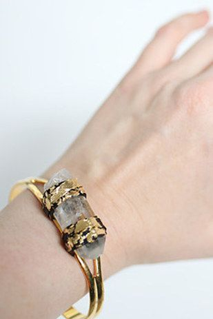DIY Quartz Bangle | 41 Amazing Free People-Inspired DIYs