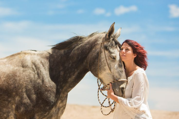 The magic begins the when you connect with the horse...  In the las cascadas resort Jenny is a lover of horses and they know the affection that gives them day by day... - - - #lascascadasresort #rancholascacadas #equine #horse #horses #ranchhorses #equestrian #ilovehorses #horselover #besthorseever #horsesofinstagram #horselicious #horseoftheday #horses_of_instagram #horsetagram #beautifulhorse #horsey #horsedaily #caballos