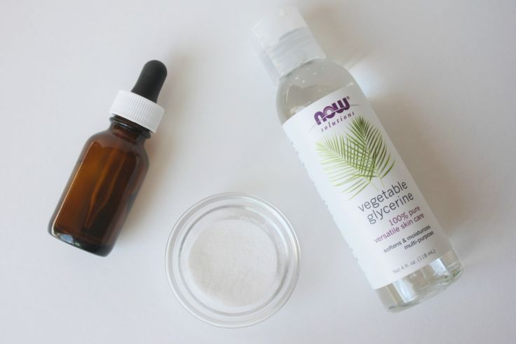 DIY Vitamin C Serum. This stuff sells for crazy expensive prices at spas and skincare retailers for it's skin brightening and anti-aging properties.