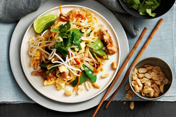 If you need a fast meal, turn to this trusty dinner Thai noodle dish with chicken and vegies.The speedy trick to this recipe? Bought pad Thai paste that has a nice gentle heat.