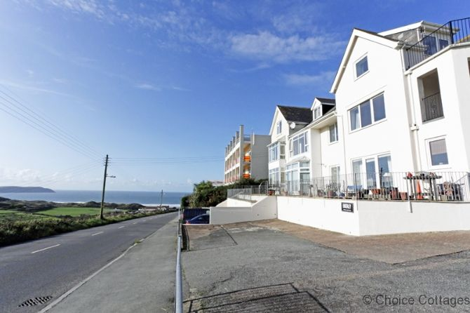 http://www.choice-cottages.co.uk/woolacombe-enderley-%7C-2-bedrooms-woolacombe-49381.htm