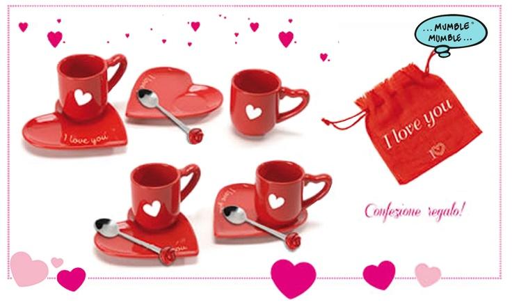 Il miglior incontro inizia sempre da un buon caffè!  E cosa c'è di meglio se non regalare una coppia di tazze in ceramica a forma di cuore?  Scoprile in confezione #regalo, con una particolare forma ad incastro!  Un pensiero ideale per questa giornata dedicata agli innamorati! #sanvalentino