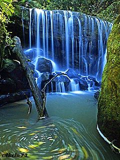 Download free Blue Waterfall Mobile Wallpaper contributed by john888, Blue Waterfall Mobile Wallpaper is uploaded in Nature Wallpapers category.