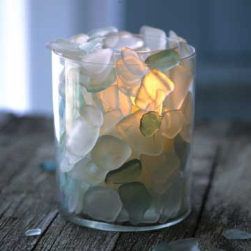 Sea glass candle - this is what I'm going to do with all my sea glass after I clean it all!