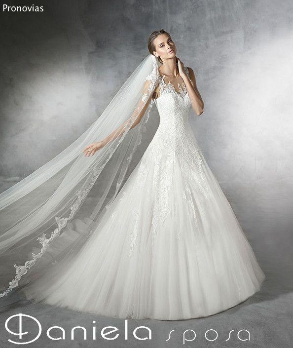 Pronovias | collezione 2016 - Abiti da sposa Mirano | Daniela sposa - Abiti da sposa Mirano | Vestiti sposa Venezia | Collezione abiti 2015 | Danielasposa.it
